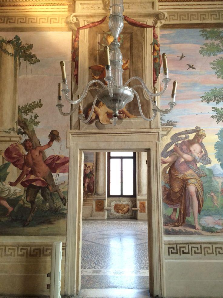 Stanza del Pastor Fido. Affreschi di Battista Guarini. Villa Caldogno (Vicenza).