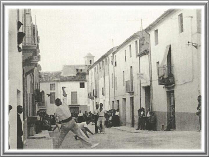 "Partida de ""pilota"". Ibi.Alicante. España. Años 60."