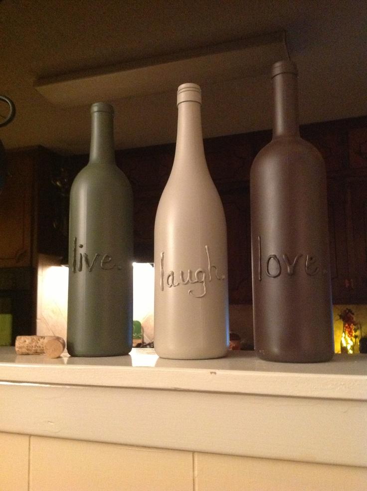 17 best images about bottles on pinterest bottle mosaic for Easy wine bottle crafts