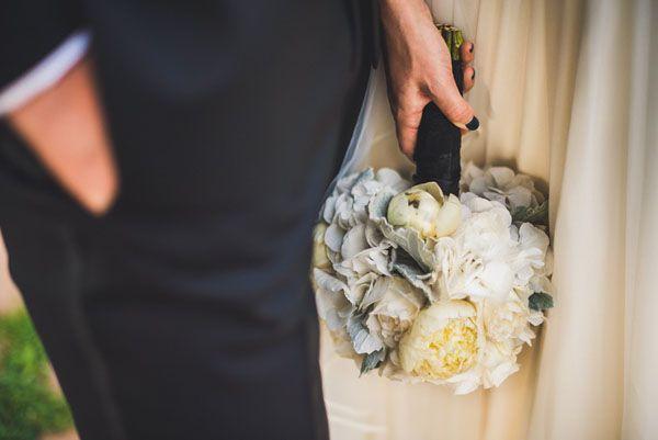 white and grey bouquet - love the dark manicure! http://weddingwonderland.it/2015/06/elopement-castel-monastero.html