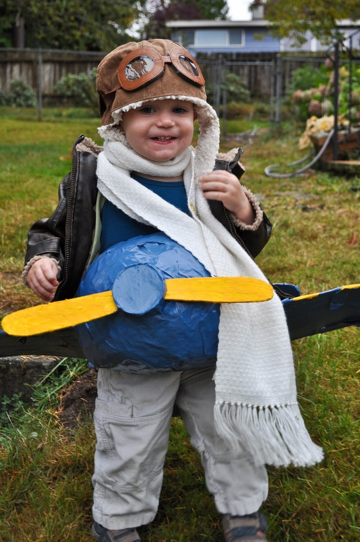 diy paper mache airplane costume for a toddlerway to be bundled for a cold halloween - Homemade Toddler Halloween Costume