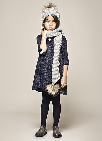 LOOK 7 ikks - Girl's fashion scarf fur grey winter fall dress legging stockings panties black shoes kid kids girl style clothes fashion