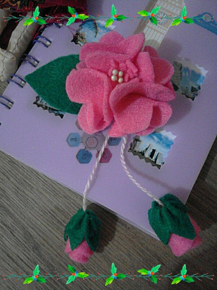 #flowers #felt #hairclip #handmade #diy #craftideas #crafting