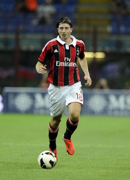 'Riccardo Montolivo (born 18 January 1985) is an Italian footballer who plays as a midfielder for Serie A club Milan, having previously played for Atalanta and Fiorentina. He is an Italian international who made his debut for the senior team in 2007. A versatile player capable of playing anywhere in midfield, Montolivo's two main roles are as a deep-lying playmaker (regista) and an attacking midfielder (trequartista), which best utilise his technical ability, creativity and range of passing.