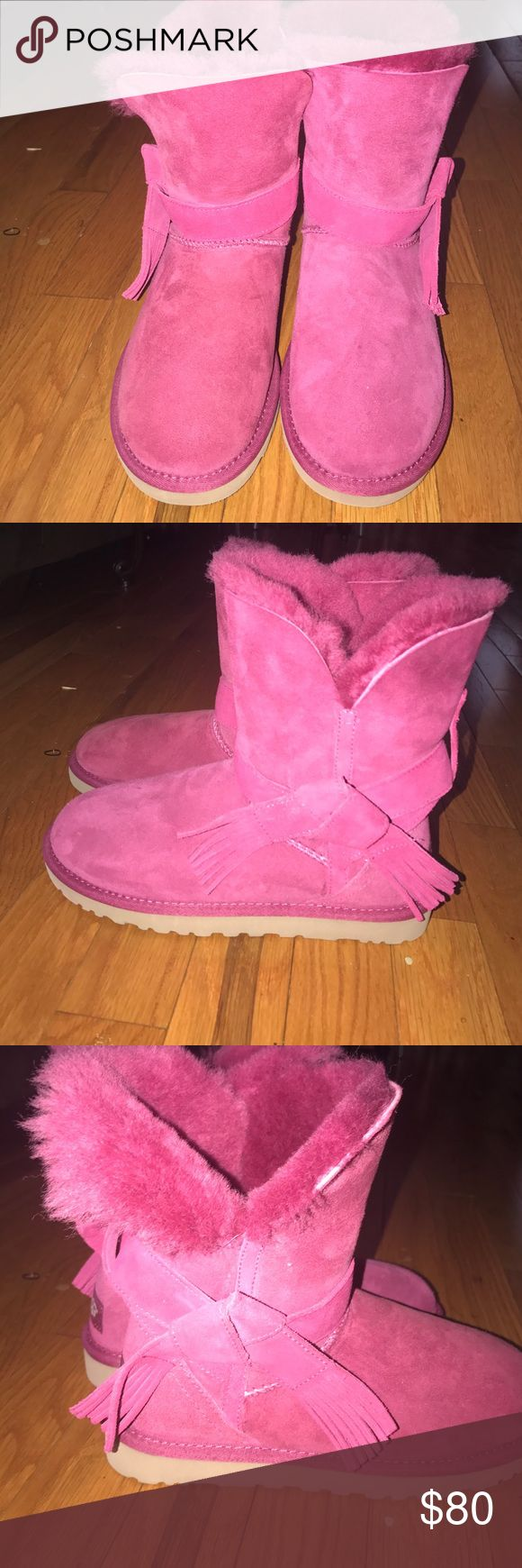 Fushia pink uggs Fuchsia pink Uggs size 5, has no tag but has a sticker on the bottom brand new and unused UGG Shoes Dress Shoes