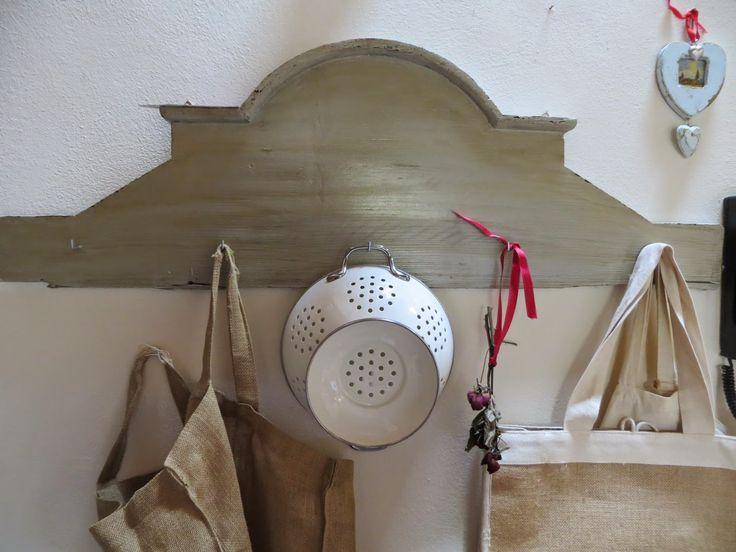 Nouvelle Vie: Parte di una testiera del letto buttata nel legno ...