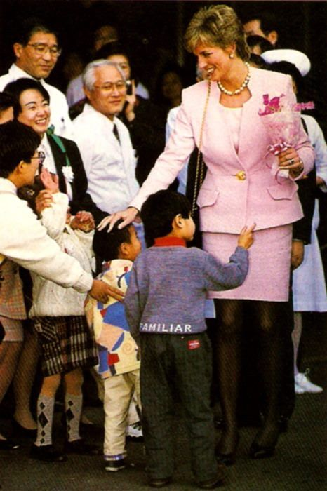 February 6, 1995: Princess Diana visiting the National Children's Hospital and then giving a speech at the Peter Pan Children's Fund in Setagaya-ku, Tokyo, Japan.