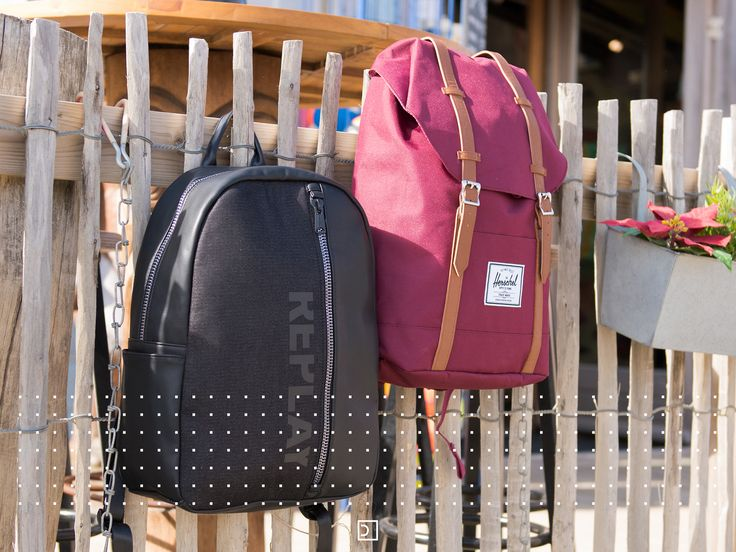 Take your school stuff with you with all ease in a handy and strong backpack