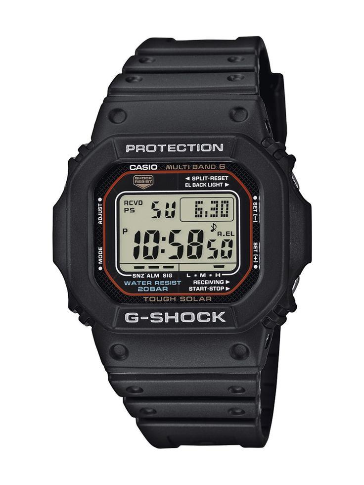 Casio G-Shock GW-M5610-1ER férfi karóra. A karóra elképesztő külsőt kapott, mely sportos megjelenést kölcsönöz. Kényelmes viselet a műanyag szíjnak köszönhetően. Az óra egy beépített napkollektor segítségével generál energiát, így nincs szüksége hagyományos elemre és elemcserére sem. OLVASS TOVÁBB!