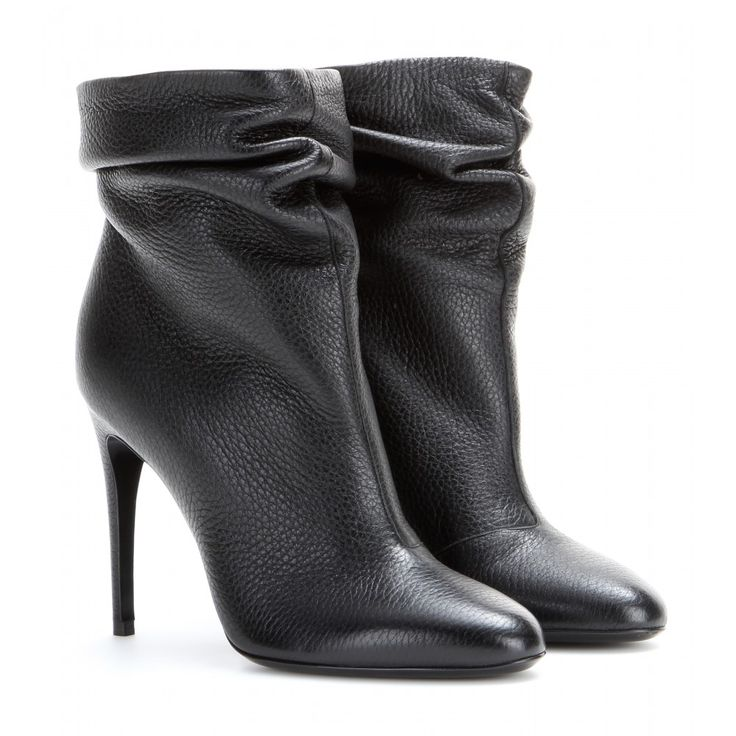 Burberry London - Epworth leather ankle boots - Super-soft leather and a timeless sleekness make these ankle boots from Burberry London an irresistible option. We love the style's slim silhouette and ruched detailing. Slip them on with a pencil skirt and statement outerwear. seen @ www.mytheresa.com