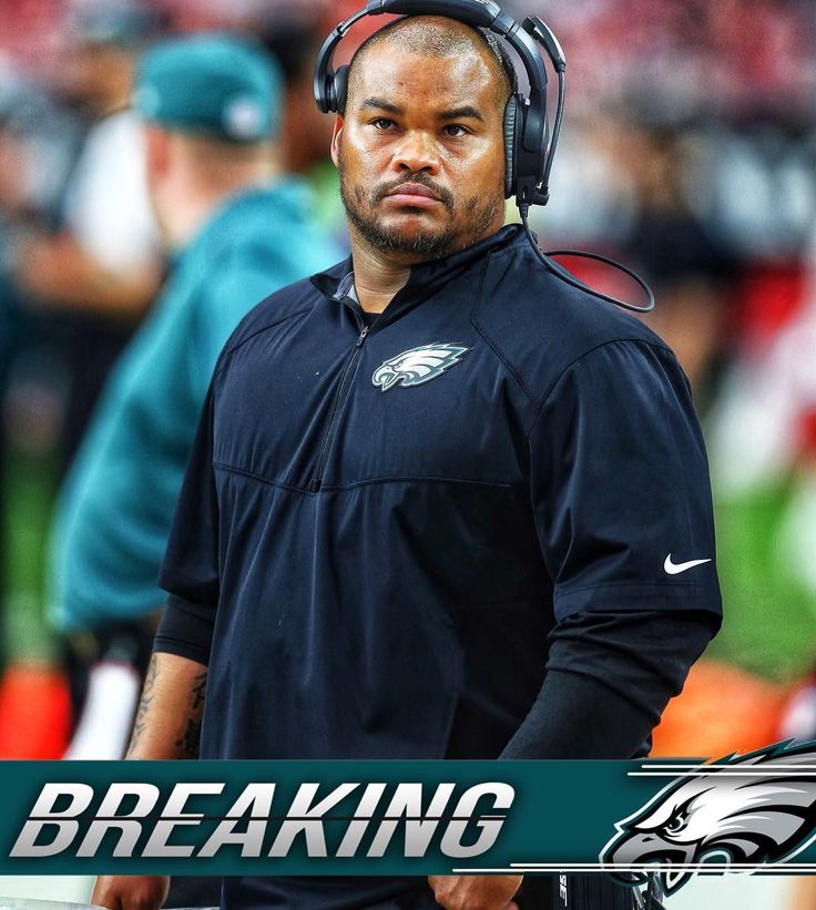 BREAKING: Duce Staley has been promoted to assistant head coach.  Big news for Duce as hes been a coach in this organization for years and finally gets a big promotion after losing the offensive coordinator job to Mike Groh. Note: He will also still be the running backs coach as well. ______________________________________________ #EaglesNation #DuceStaley #Eagles #FlyEaglesFly #GoEagles #PhiladelphiaEagles #Eagles #GoBirds #Philly #Philadelphia #WeBleedGreen #NFL #BirdGang #EaglesEverything…