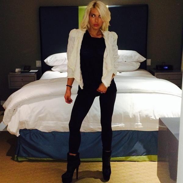 Shayne Lamas..... - Celebrity Fashion Trends