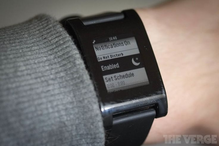 Pebble update finally adds Do Not Disturb mode and improved alarms.