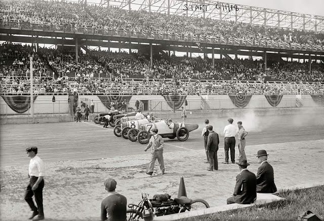 June 1, 1918. Six of the eight contestants in the 100-mile Harkness Handicap on Sheepshead Bay Motor Speedway's two-mile wooden oval in Brooklyn, New York