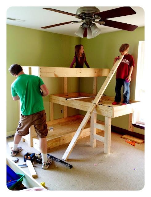 DIY triple bunk bed!