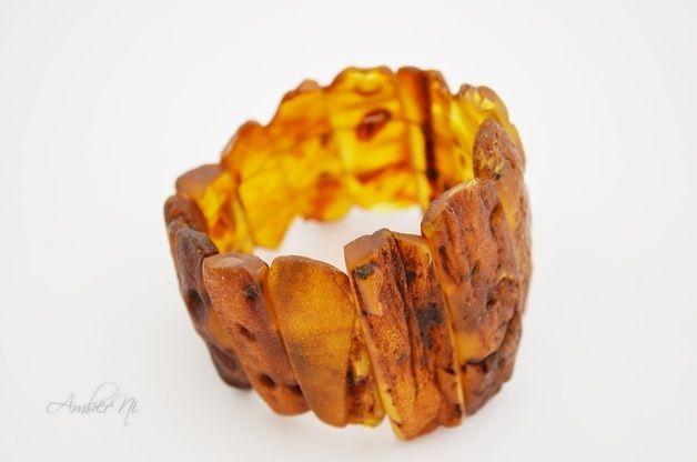 Naturbernstein Armband aus natürlichen Rohstoffen. Einzigartige Baltischen Bernstein Armbänder ausgezogen Schmuck.