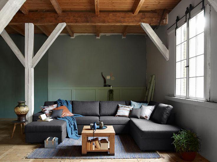Model Lorento is een royale, kubistische en strak vormgegeven #hoekbank met een uitermate comfortabel zitcomfort. Door de eigentijdse belijning past deze hoekbank in veel verschillende #interieurs en bij diverse interieursmaken.