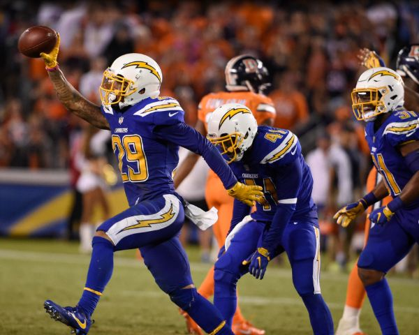 ‪Chargers vs Broncos: 5 Best Moments - San Diego Chargers Beat Defending Super Bowl Champions - http://www.morningledger.com/%e2%80%aachargers-vs-broncos-5-best-moments-san-diego-chargers-beat-defending-super-bowl-champions/13111870/
