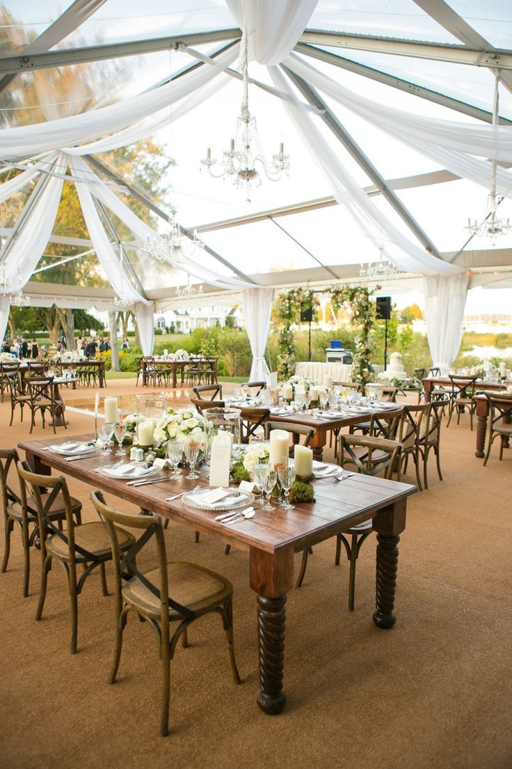 Waterfront maryland wedding at the inn at perry cabin for Cabin wedding venues