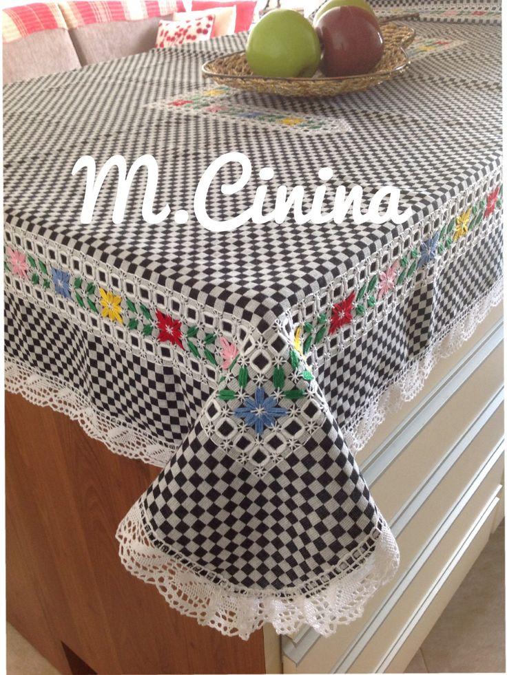 Bordado no tecido xadrez.. @M.cinina