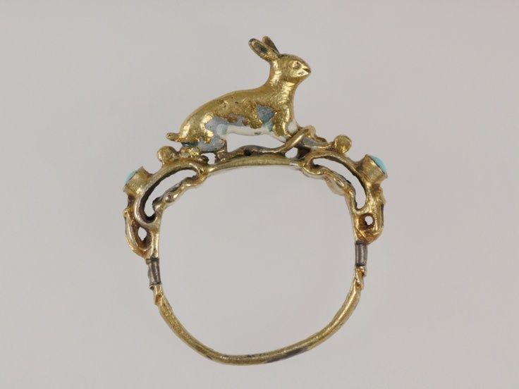 Gold finger ring, Europe, 16th century