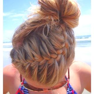 Beach hair<3: Beaches Hair, French Braids, Summer Hair, Messy Buns, Hairstyle, Hair Style, Summer Braids, Beaches Braids, Braids Buns