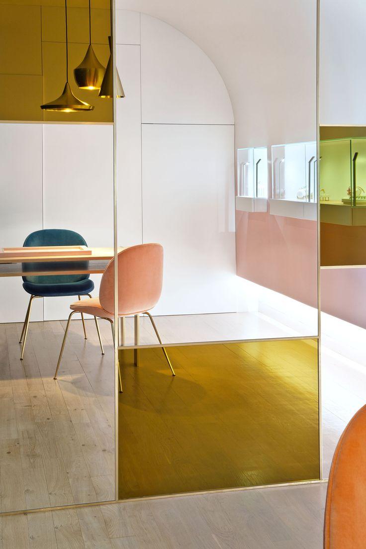 Geloof ons, dit wil je in je huis: gekleurd glas met print - Roomed
