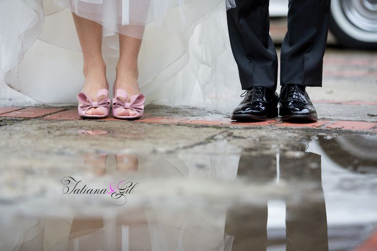 Graydon Hall Manor wedding on a rainy day