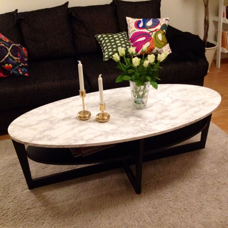 Soffbord från Ikea förvandlat från svart till marmor med hjälp av ...
