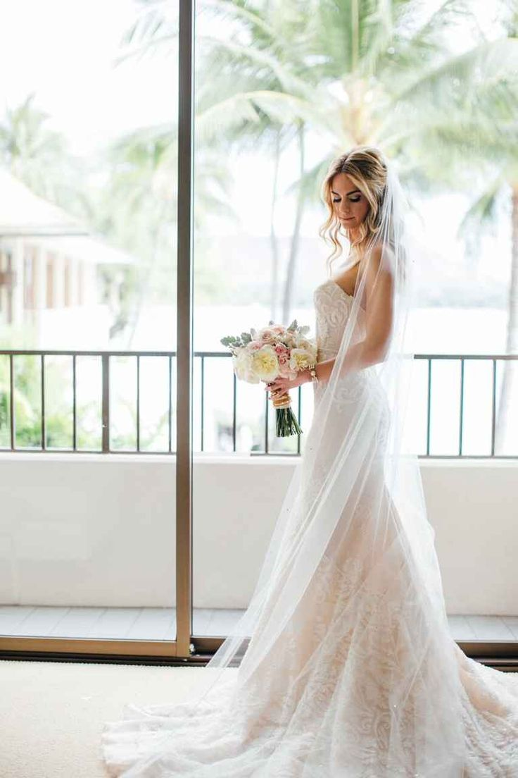 Actors Kelly Kruger and Darin Brooks Had a Gorgeous Wedding in Hawaii | TheKnot.com