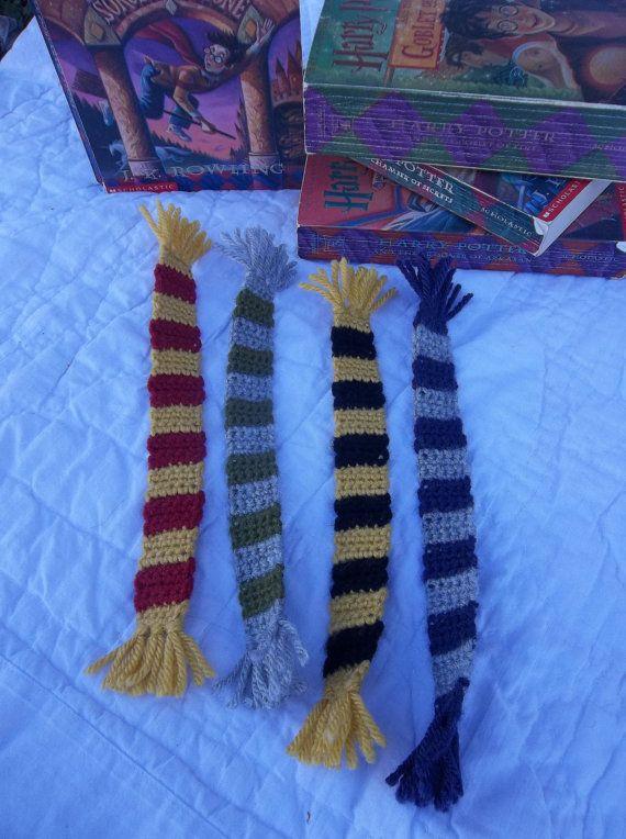 Set di 4 Harry Potter House sciarpa segnalibri di craftiekimmie