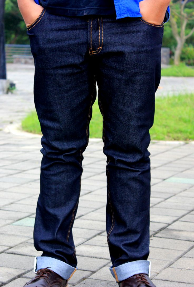 Get your earlybird price or just grab it free at the end of our #crowdfund #crowdfunding #Brodenim #denim #personalfit