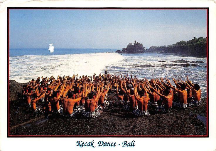 BG21493-kecak-dance-bali-types-folklore-indonesia.jpg (1600×1119)