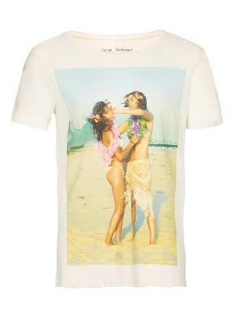 Serge DeNimes 'Beach Couple' T-shirt* - Branded T-shirts and Vests - Men's T-Shirts & Vests  - Clothing