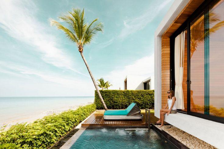 """Casa De La Flora Hotel & Resort: A tervezésnél fő szempont volt, hogy kizárólag full-óceánpanorámás, privát medencés lakosztályokra """"pazarolják"""" a parti ingatlant. Ami még szóba jöhetett a tulajdonosnál, további élménymedencék, vízparti éttermek és bárok, spák, lélegző tetőkertek és egy kedves könyvtár. A teljes cikk még több cool fotóval >>> www.woohooo.hu/utazas/hotel/casa-de-la-flora-hotel-resort-dizajnos-luxushotel"""