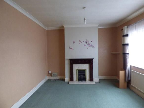 1 bedroom flat to rent - Belvoir Road, Coalville Key features  Lounge and separate bedroom Neutral decor Private entrance Close to town centre   #coalville #property https://coalville.mylocalproperties.co.uk/property/1-bedroom-flat-to-rent-belvoir-road-coalville/