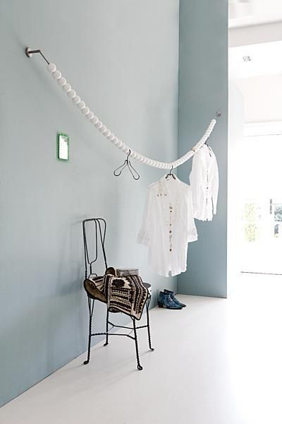 simplistic/capsule closet idea-DEBRA botanicalsink