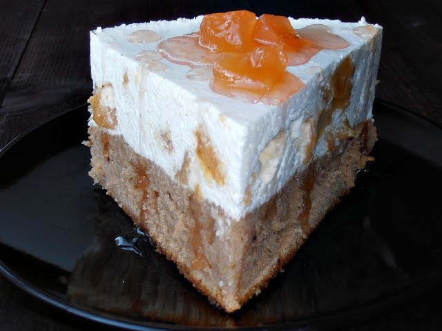 Tort cu crema de iaurt si gutui   CAIETUL CU RETETE