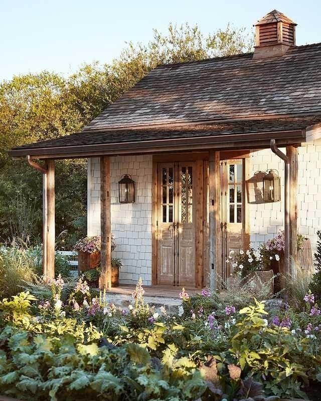 Ideas For Creating Beautiful Useful Side Yard That Work With Any Narrow Garden Giantvegetables Landscaping Bauerngarten Kupferrinnen Gartenhaus