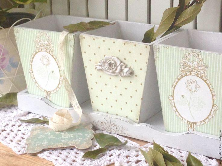 Купить Набор кашпо Роматический винтаж - белый, нежно-зеленый, горошек, розы