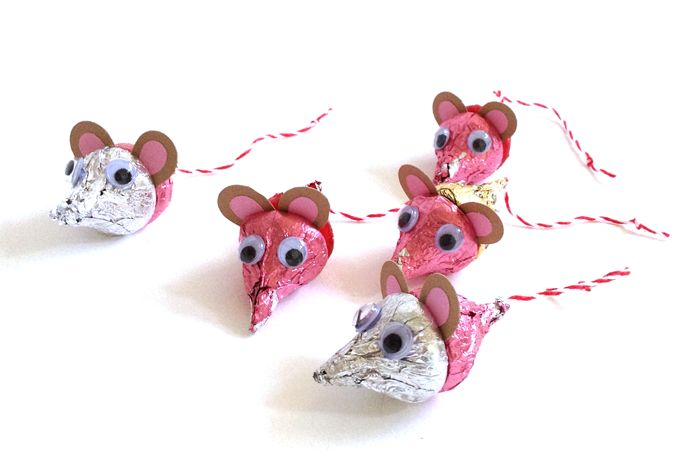 Chocolate mice made from Hershey's kisses.