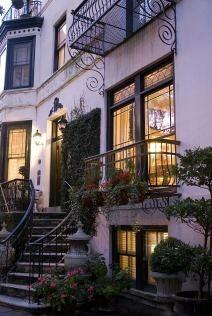 1000 Ideas About Savannah Historic District On Pinterest