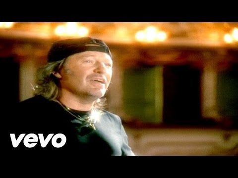 Vasco Rossi - Un Senso - YouTube