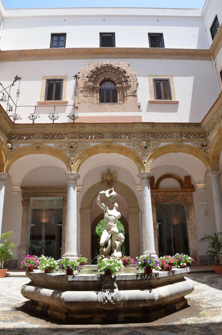 #Chiostro minore #museosalinas di #Palermo