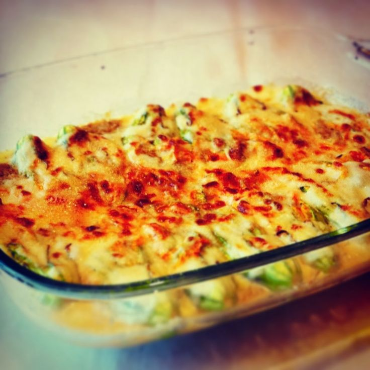 Courgette flowers stuffed with robiola cheese http://mozzarelladiaries.blogspot.it/