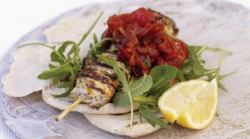 Jamie's Ministry of Food – Chargrilled Chicken kebabs with a peppery rocket salad and smoky barbecue salsa.