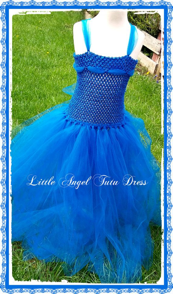 Evie from Descendants Inspired Fancy Dress Costume !!!! Beautiful handmade Bespoke Royal Blue EVIE Inspired costume from Descendants Tutu Dress. Your lovely little Princess will really feel like the princess of the ball in this lovely royal blue EVIE fancy dress costume, perfect for giving as a gift, school play, princess themed Birthday Party, Photo Shoot, or any other party occasion where you really want to stand out from the crowd. Crochet Bodice with tulle added for detail, the bodice...
