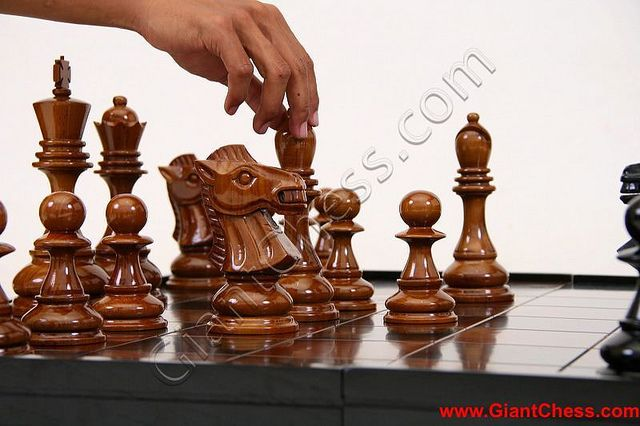 Marvelous Unique Chess Pieces | The Unique Carving Chess Pieces