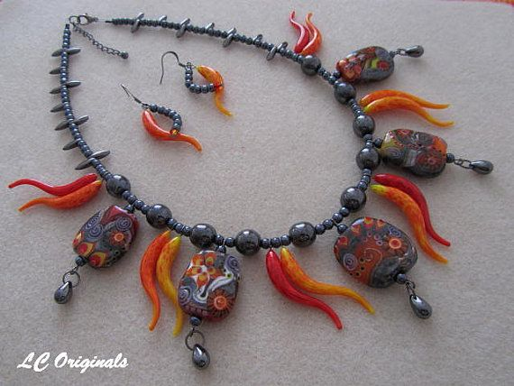 THE DANCING FLAMES necklace and earrings set