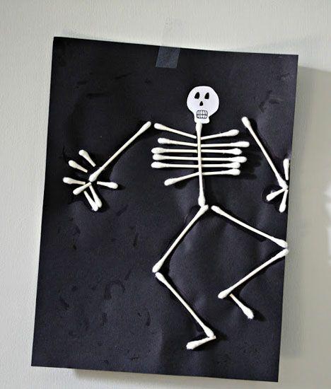 Søde marengsspøgelser, flagermus-origami eller hvad med et designer-græskar? Vi har samlet ti nemme og sjove ideer til en vaske ægte DIY- halloween. Find dem her.